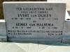 Grafsteen Evert van Dijken en Eemke van Halsema