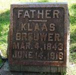 Grafsteen Klaas Brouwer
