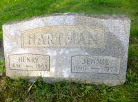 Grafsteen Henry en jennie hartman